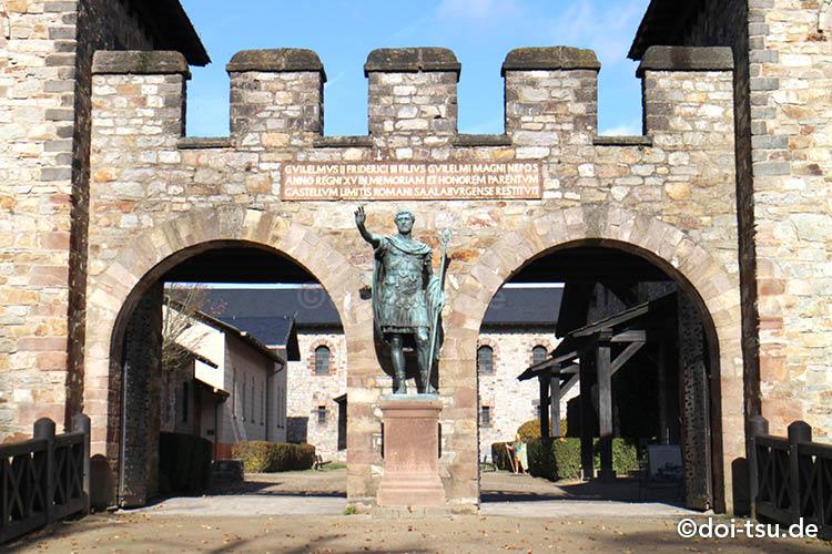 ローマ遺跡で世界遺産登録されている、ザールブルク城砦(Römerkastell Saalburg)。フランクフルト郊外にあるバートホンブルクにあります。